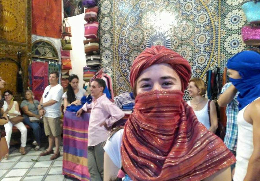 De compras por el zoco de Marrakech